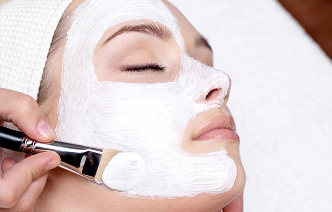 Kozmetikus OKJ Képzés - OKJ Tanfolyam
