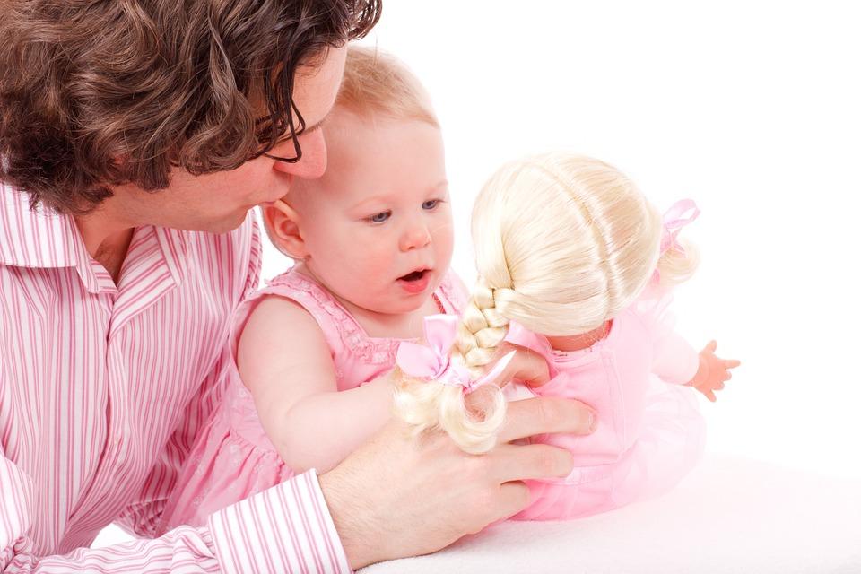Házi időszakos gyermekgondozó Tanfolyam OKJ Képzés OKJ Tanfolyam